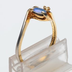Opal + Rhinestone 18K HGE ring - size 8+ Vintage